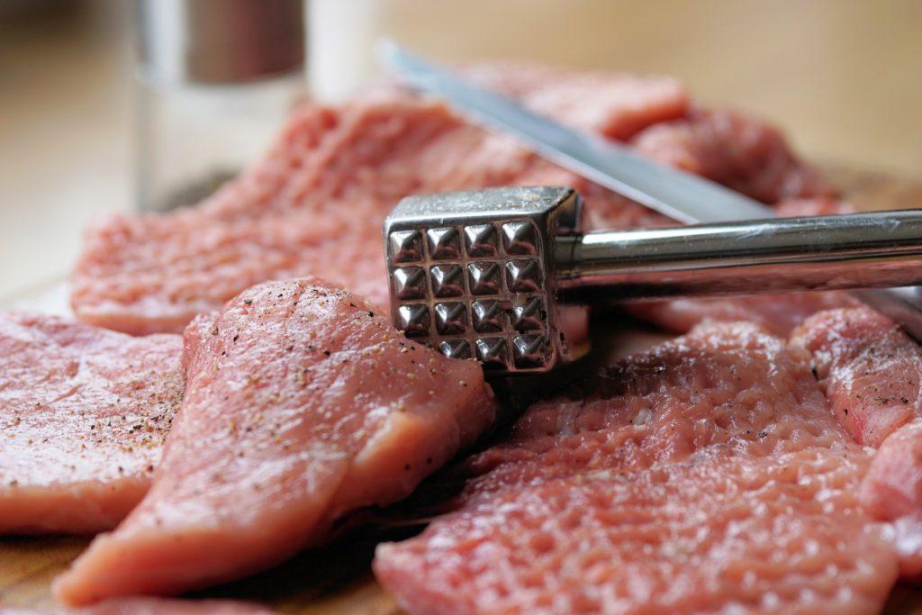 Фото - Простое и вкусное блюдо – отбивные из телятины