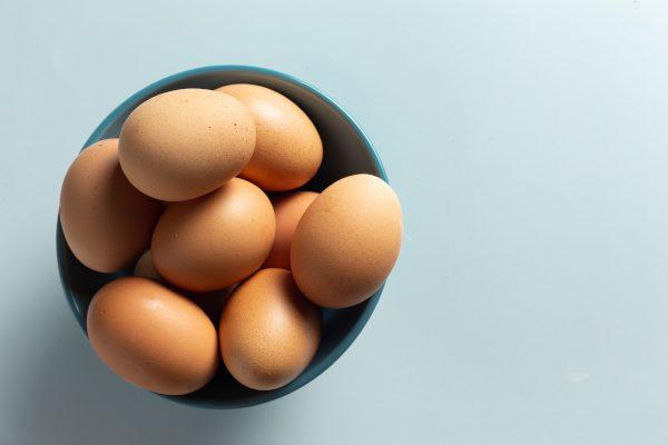 fresh-egg-from-chicken 600